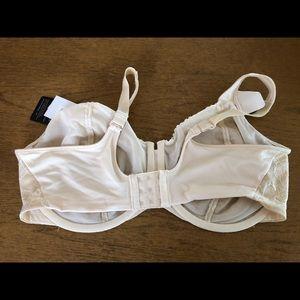 Bali Intimates & Sleepwear - Bali Woman's Bra 42DD New With Tags!!